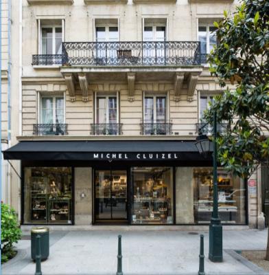 Michel Cluizel ouvre son salon de thé à Neuilly