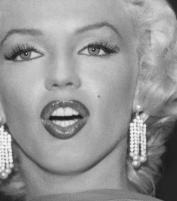 exposition Marilyn Monroe Paris gratuit, exposition Marilyn Monroe Renoma Store, exposition Marilyn Monroe Bernard of Hollywood, livre Marilyn Monroe photos Hollywood   Marilyn le jour de l'annonce de son divorce d'avec Joe DiMaggio, 1954  © Bernard of Hollywood
