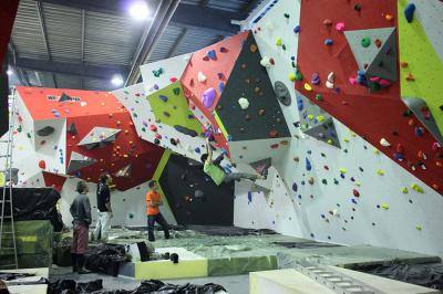 HardBloc, ouverture de la plus grande salle d'escalade de France