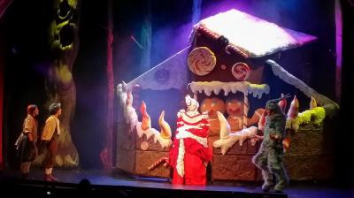 Hansel et Gretel se dévoile au Palais des Glaces à Paris