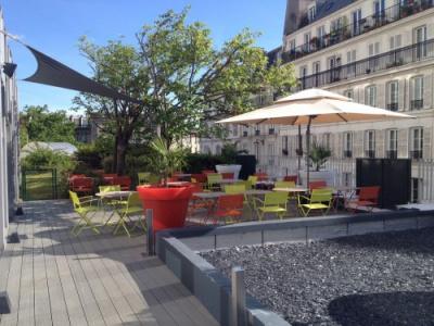 Le 18.75, nouveau bar de l'hôtel Mercure Paris Montmartre