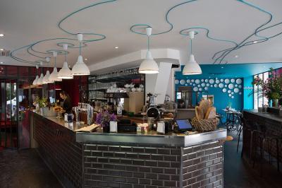 L'Auberge Flora lance son bar à sandwichs et une nouvelle carte