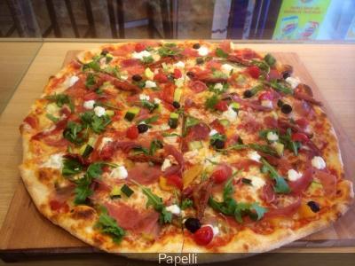 Papelli : on a testé la plus grande pizza de Paris