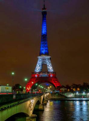 La Tour Eiffel Tricolore Aux Couleurs Du Drapeau Fran 231 Ais