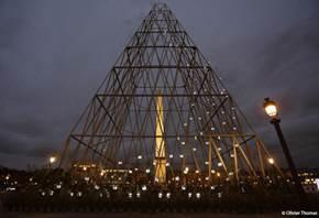 Phares, la Tour Eiffel et la Tour Montparnasse pour la Saint Valentin