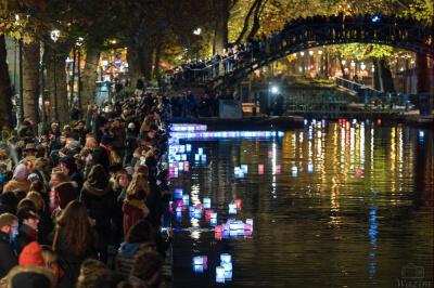 Hommages aux victimes du 13 novembre à Paris