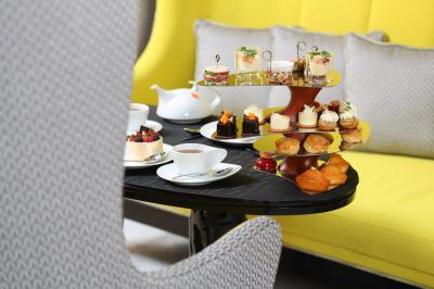 Le tea time du Burgundy Paris