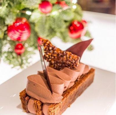 Bar Chocolat Pierre Hermé au Royal Monceau-Raffles Paris
