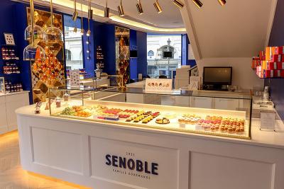Senoble ouvre sa première pâtisserie-salon de thé à Paris