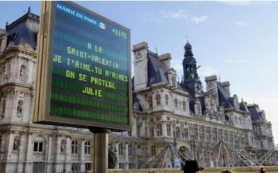 Saint-Valentin 2017 : vos mots d'amour sur les panneaux de Paris