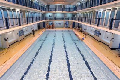 R ouverture de la piscine des amiraux for Piscine des amiraux
