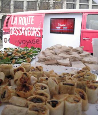 Le foodtruck Voyage des cuisines du monde à Paris