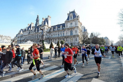 http://www.sortiraparis.net/images/400/1467/88924-le-semi-marathon-de-paris-2013.jpg