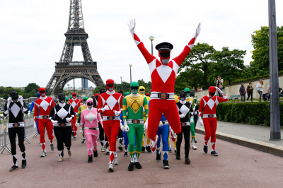 Flash Mob Power Rangers au Trocadéro