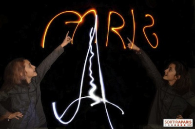 photo up light painting