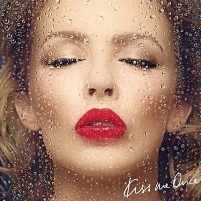 Kylie Minogue en dédicace exceptionnelle à la Fnac Saint Lazare