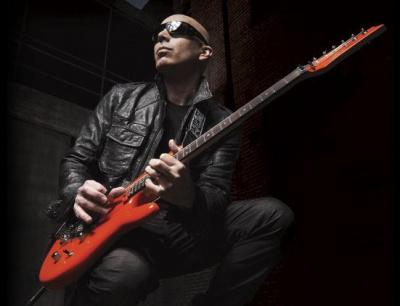 Joe Satriani en concert exceptionnel au Trabendo de Paris