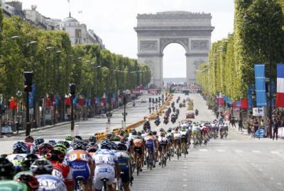 Arrivée du Tour de France 2014 sur les Champs-Elysées
