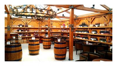 Winter Guinguette : le bar à vins du marché de Noël des Champs-Elysées