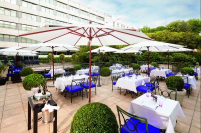 Mövenpick Paris Neuilly dévoile sa terrasse et son barbecue pour l'été