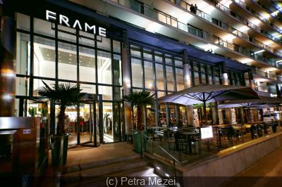 La Brasserie FRAME ouvre sa terrasse face à la Tour Eiffel