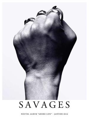 Savages en concert à La Cigale de Paris en 2016