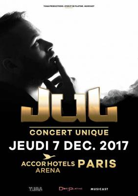 JUL en concert à l'AccorHotels Arena Bercy de Paris en décembre 2017