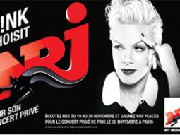 Pink en showcase privé NRJ à la Salle Wagram