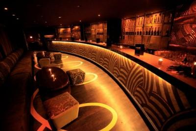 Le Club Royale by Terrazza Martini en mode prolongations