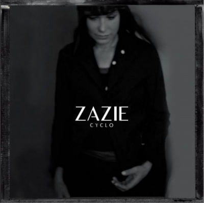 Zazie en concerts au Zénith de Paris en novembre 2013 pour son Cyclo Tour