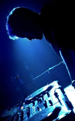 Mute presents Prologue Label Night au Batofar