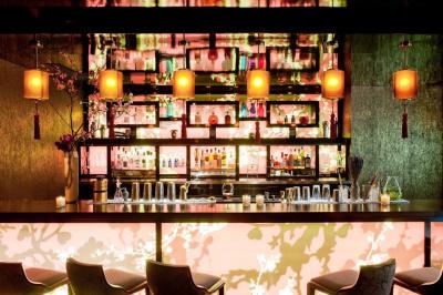 Le Qu4tre : le bar du Buddha-Bar Hotel Paris