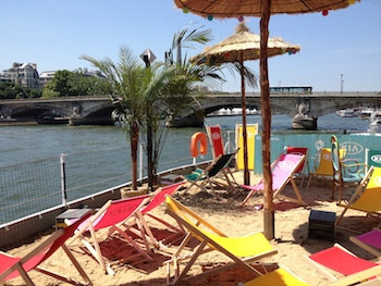 La péniche Kia Cabana : regarder la coupe du monde sur les Quais de Seine !