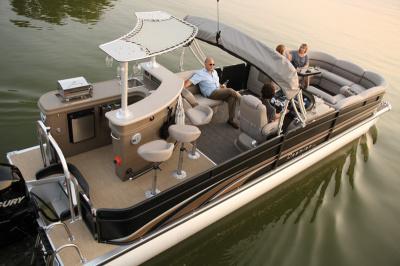 Une croisière Green River Cruises sur la Seine : aérez-vous à l'apéro !