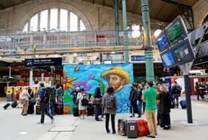 Gare du Nord : Nowart invite le street art sur le kiosque Thalys