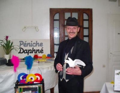 Spectacles de magie pour enfants sur le bateau Daphné
