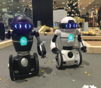 Unexpected Robots : des robots aux 4 Temps et Vélizy 2 !