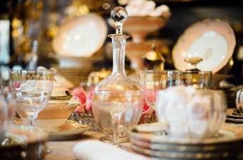 Les Tables en Fêtes, l'expo de Noël du marché Paul Bert Serpette