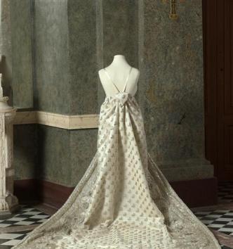 Dans les armoires de l'impératrice Joséphine au château de Malmaison