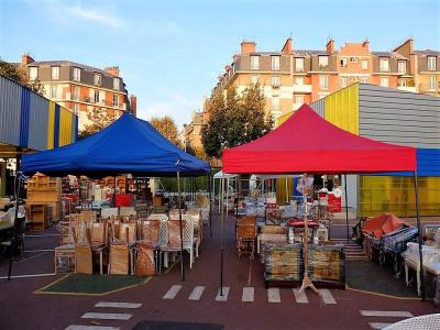 Grande vente solidaire Emmaüs Coup de main en juin à Porte de Montreuil