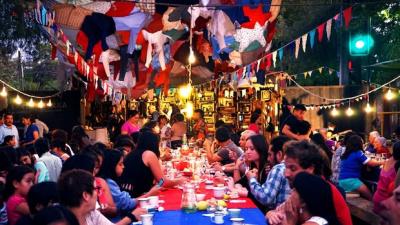 Cocina Pública sur la place Jean-Vilar à Vitry (94) : fête culinaire et artistique