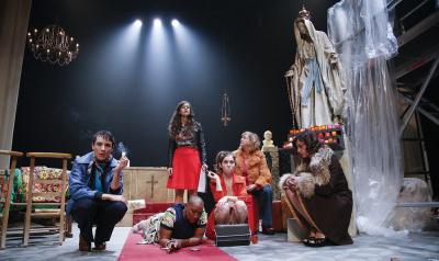 Loveless, spectacle autour de 6 prostituées, à la Ferme du Buisson (77)