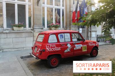 Paris Hotel De Ville Exposition  Juin Jeux