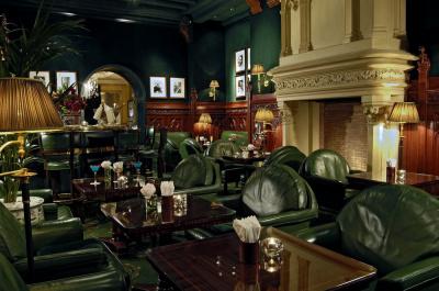 Duke's bar