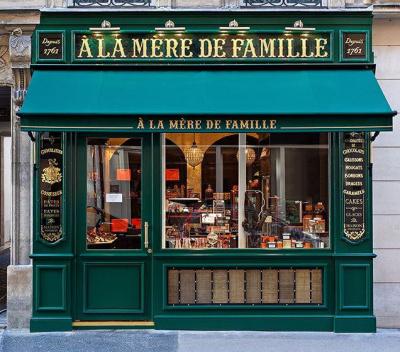 La confiserie A la Mère de Famille s'installe rue Bonaparte