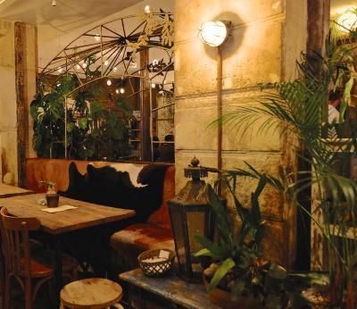 Le Spicy Home : assiettes et cocktails du Monde