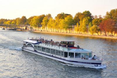 Un brunch sur La Seine OPEN pour les Célibataires !