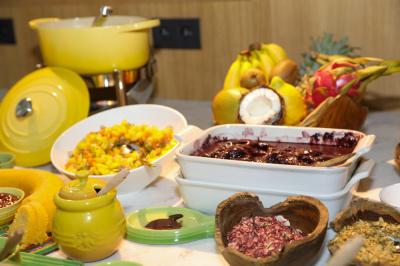 Petit-déjeuner brésilien à l'Artus Hôtel