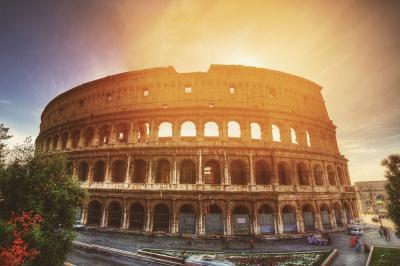 KISS MY ERASMUS @ LONG HOP (Speciale Italia)