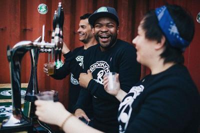 La beer mansion les bi res made in brooklyn paris en for Salon de la biere paris 2017